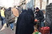 İran'da sık sık çarşaflı kadın göreceksinizdir